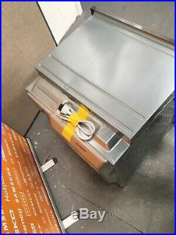 NEFF B27CR22N1B N70 Built In 60cm A+ pyro Single Oven S/ Steel HW173264